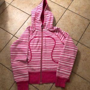Lululemon scuba hoodie size 10 super cute! EUC!